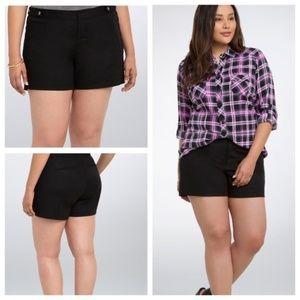 Torrid | Black Trouser Short sz 14
